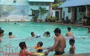 Nhiều bệnh dễ 'rước' vào người khi đi bơi mùa nắng nóng