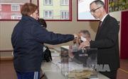 Cử tri Pháp bầu cử Tổng thống vòng 1