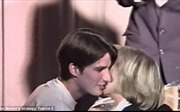 Chuyện tình cô trò nồng cháy của Tổng thống đắc cử Pháp Emmanuel Macron