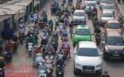 Người dân ùn ùn kéo về Hà Nội sau 4 ngày nghỉ lễ