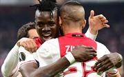 Bertrand Traore tỏa sáng, Ajax 'hủy diệt' Lyon