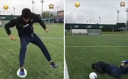Xem Neymar dẫm trượt bóng ngã sõng soài trên sân