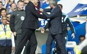 Cơ hội cho Wenger phá 'dớp' trước Mourinho