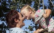 Chọn sữa cho con: Tâm điểm mới của các bà mẹ bỉm sữa