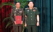 Đại tướng Ngô Xuân Lịch dự Lễ trao bằng Tiến sỹ cho cán bộ cao cấp Quân đội Hoàng gia Campuchia
