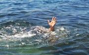 Hai học sinh lớp 9 chết đuối, mất tích khi đi tắm biển