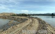 Vụ ngăn sông để khai thác cát trái phép ở Kon Tum: Yêu cầu doanh nghiệp phá đập tự đắp