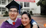 Ngưỡng mộ bà mẹ dành cả đời nuôi con bại não đỗ đại học Harvard