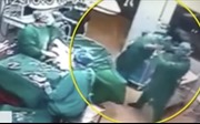 Choáng cảnh hai nhân viên y tế đấm nhau túi bụi trong ca phẫu thuật