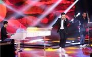 """The Voice 2017: Anh Đức làm mới quan họ Bắc Ninh """"Người ở đừng về"""""""