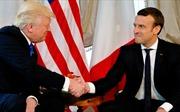 Màn bắt tay gây xôn xao giữa hai nhà lãnh đạo Trump - Macron