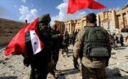 Đằng sau việc khủng bố IS tháo chạy từ Raqqa tới Palmyra ở Syria