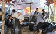 Quảng Ngãi: Hỏa hoạn thiêu rụi 2 cơ sở kinh doanh lốp ô tô, thiệt hại gần 900 triệu đồng