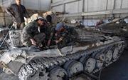 Thăm xưởng sửa chữa xe tăng tại thủ đô Syria
