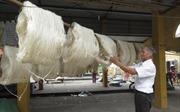 Để làng nghề Cổ Chất óng ánh những cuộn tơ