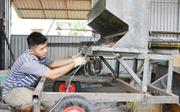 Khởi nghiệp với nghề chế tạo máy nông nghiệp