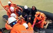 Thợ lặn tiếp cận tàu chìm tại Nghệ An, phát hiện thi thể 1 thuyền viên
