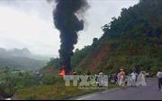Xe bồn chở dầu bốc cháy, Quốc lộ 1A bị tắc nghẽn nhiều km