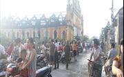Nhà thờ trăm năm tuổi tại Nam Định bị thiêu rụi trong đêm