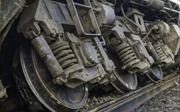 Vụ tàu hỏa chạy 15km/giờ vào ga Yên Viên bị trật bánh: Đã cắt toa tàu bị nghiêng