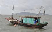 Quảng Ninh: Ì ạch những chuyến tàu ra các xã đảo