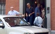 Vợ chồng cựu Tổng thống Obama xúc động tiễn con gái vào ký túc đại học