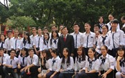 Lãnh đạo Đảng, Nhà nước chung vui với thầy và trò trong ngày khai giảng
