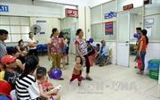 Thời tiết giao mùa, bệnh nhi đến khám và nhập viện tăng cao
