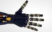 Làn da 'siêu dẫn' giúp robot có cảm nhận xúc giác như người
