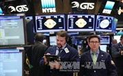 FED 'đánh tiếng' tăng lãi suất, giá vàng và chứng khoán xáo trộn