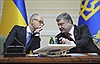 Bầu cử Ukraine: Vì nguồn tiền từ phương Tây?