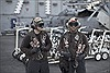 Cuộc sống trên tàu sân bay chống IS của Mỹ