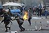 Người Kurd đánh bom xe, dội rocket Thổ Nhĩ Kỳ