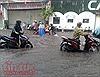 TP Hồ Chí Minh mưa to, nhiều tuyến đường ngập sâu trong giờ cao điểm