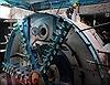 Robot 'quái vật' trăm tấn bắt đầu khoan những mét hầm metro đầu tiên