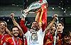 Tây Ban Nha giữ vững ngôi vương