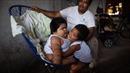 Ngỡ ngàng em bé 10 tháng 'lớn nhanh như thổi' nặng ngang trẻ 9 tuổi