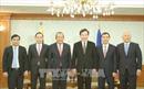 Phó Thủ tướng Trương Hòa Bình hội kiến Thủ tướng Hàn Quốc Lee Nak-yon