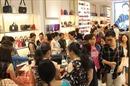 Hàng ngàn người đổ về các trung tâm Thương mại trong ngày Black Friday