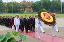 Lãnh đạo Đảng, Nhà nước và đại biểu Quốc hội vào Lăng viếng Chủ tịch Hồ Chí Minh