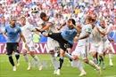 WORLD CUP 2018: Uruguay đánh bại chủ nhà Nga, đứng đầu bảng A