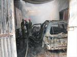 Thợ hàn bất cẩn làm cháy rụi xe ô tô 4 chỗ