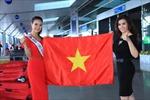 Trần Thị Quỳnh lên đường đi dự thi Mrs World