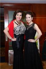 Áo dài, nón lá Việt Nam toả sáng tại Mrs World 2013