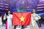 Trần Thị Quỳnh lọt vào top 6 Mrs World 2013