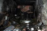 Cháy kho chứa hóa chất, người dân tháo chạy