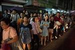 Dân Bangkok vội vã về nhà tránh lệnh giới nghiêm