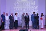 Tặng Huân, Huy chương hữu nghị cho các nhà giáo Nga