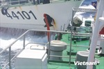 Tàu Trung Quốc hung hãn húc thủng tàu Cảnh sát biển