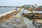 Sạt lở sông Tiền, đe dọa kho xăng dầu 5 triệu lít